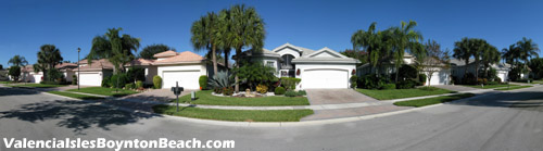 At Valencia Isles beautifully landscaped and immacualtely kept lawns are the rule rather than the exception. Imagine the luxury of living in a neighborhood where all the homes are beautiful inside and out.